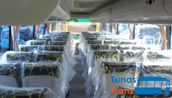 Interior dan Daftar Harga Sewa Bus Pariwisata di Tulungagung Murah Terbaru