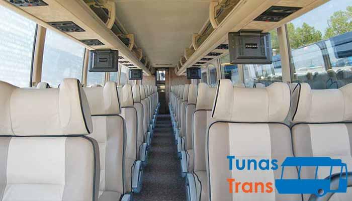 Daftar Harga Sewa Bus Pariwisata di Ponorogo Murah Terbaru