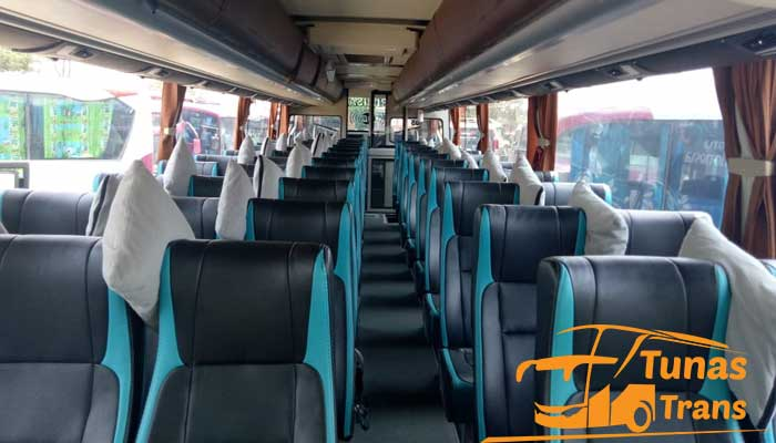 Daftar Harga Sewa Bus Pariwisata di Cikarang Murah Terbaik Terbaru Interior